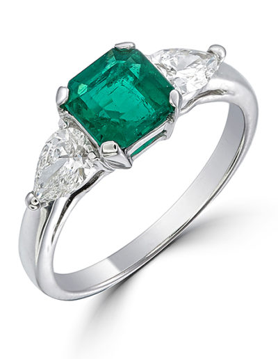 Emerald ring 1.08 ct, Diamonds pear 0.67 ct