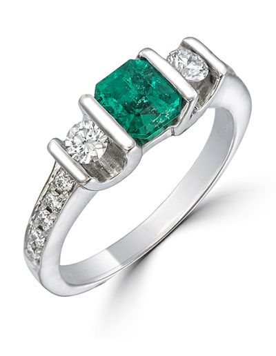 Miracle Ring, Emerald 0.71 ct, Diamonds 0.38 ct